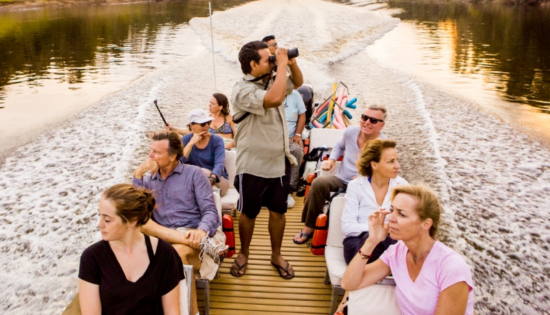 Binoculars Delfin Amazon Cruise