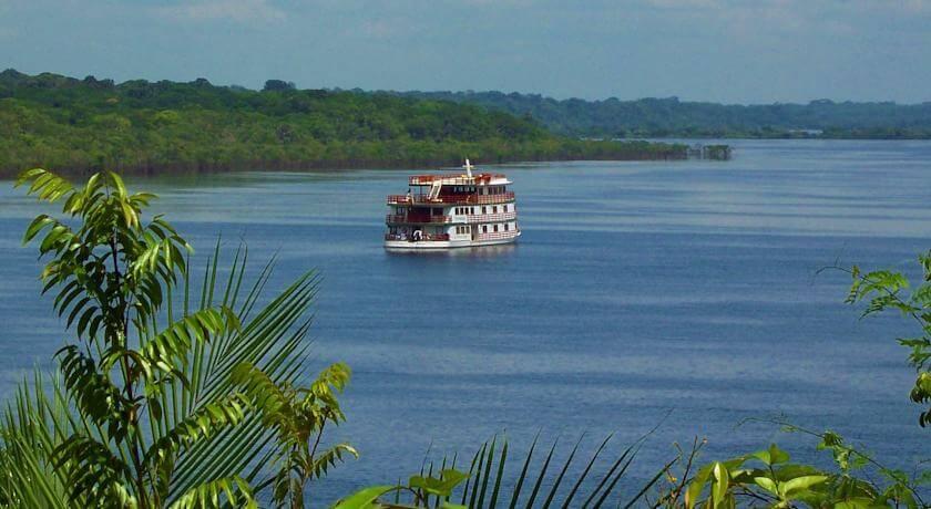 Clipper Premium Amazon Cruise on Amazon River