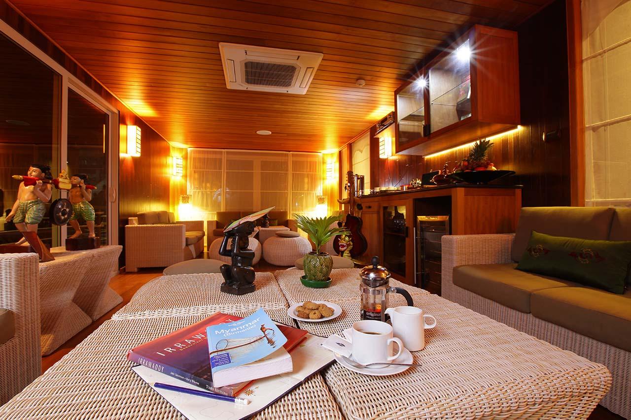 Paukan 2012 Cruise Cabin