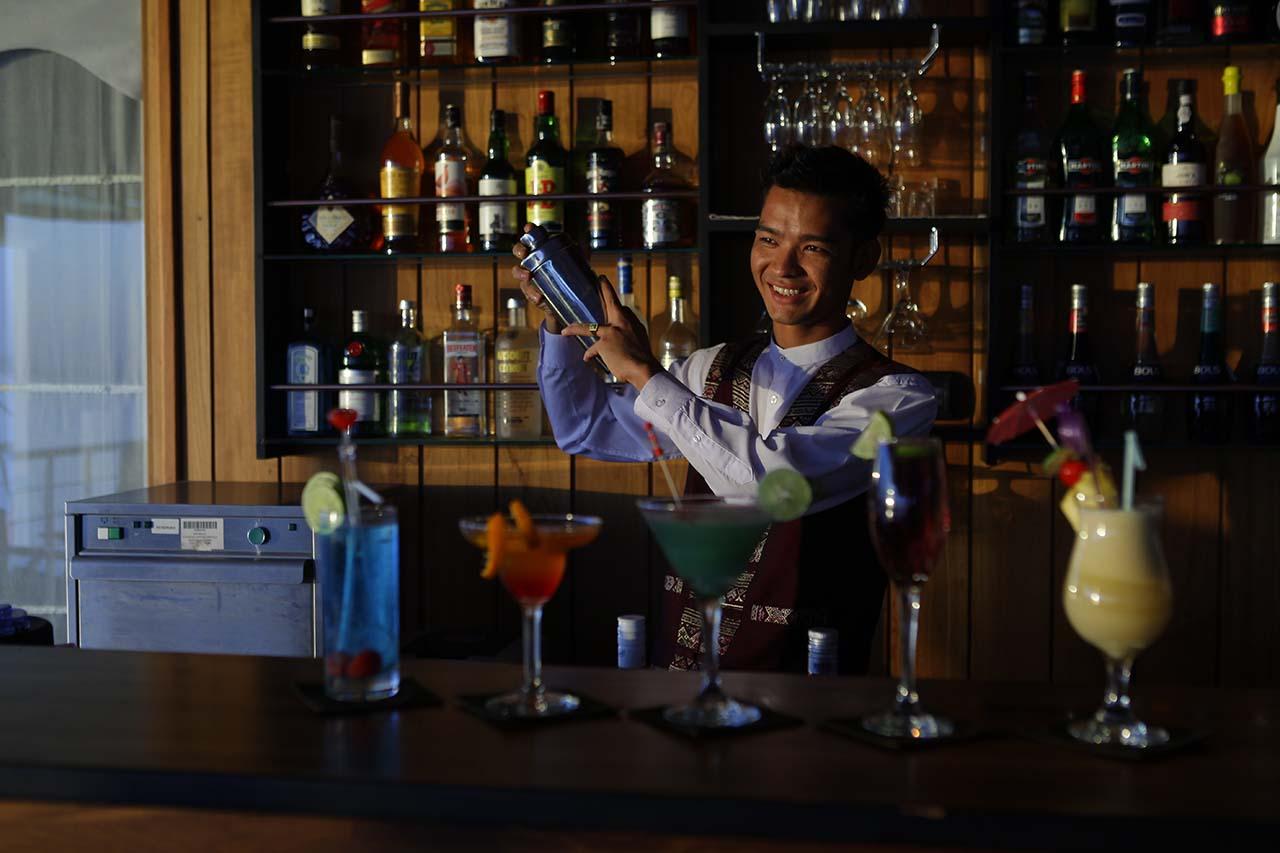 Bartender - Paukan 2012