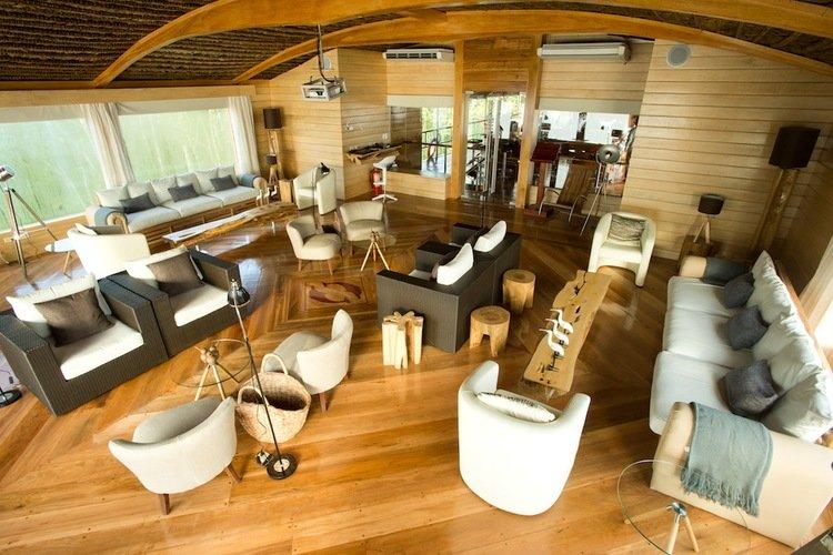 Delfin II Amazon Cruise Lounge