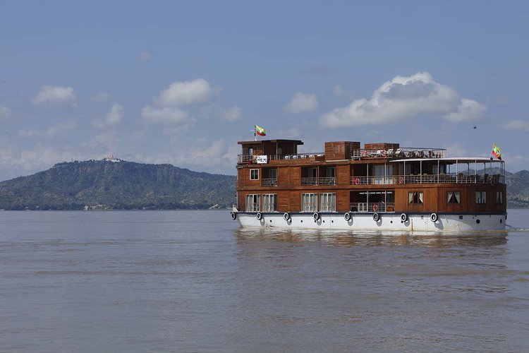 Cruises on the Irrawaddy River