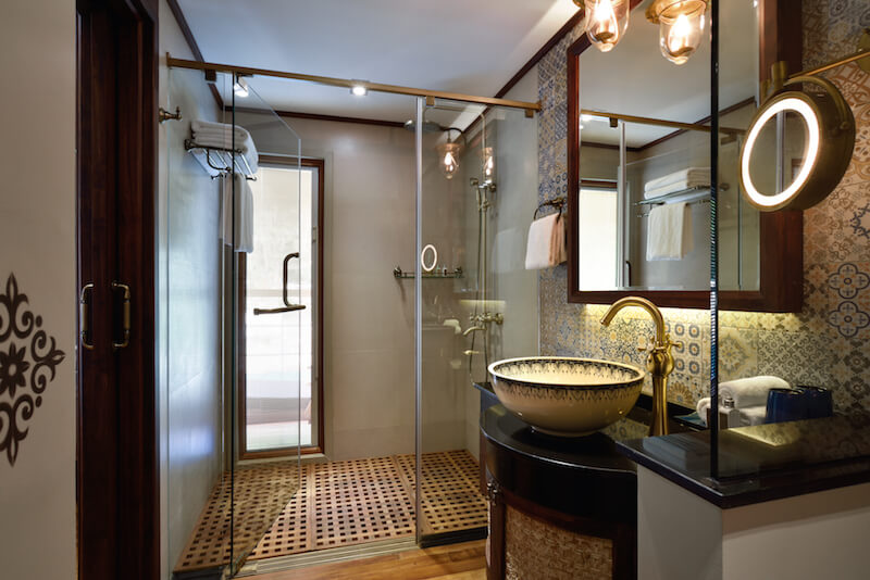 Ananda Cruise Bathroom