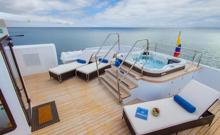 Expert Review Galapagos Cruise