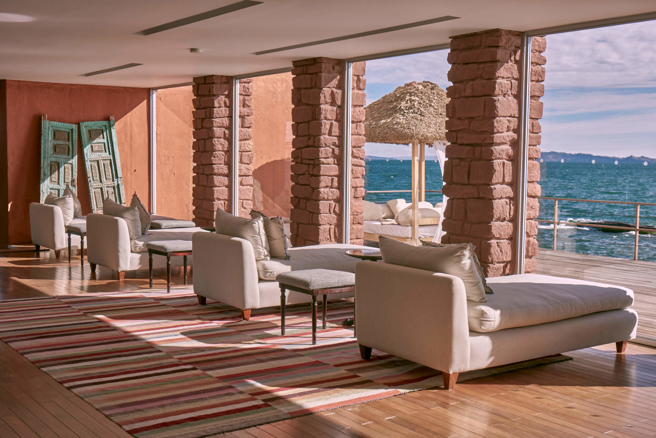 Titilaka Lakeside Lounge