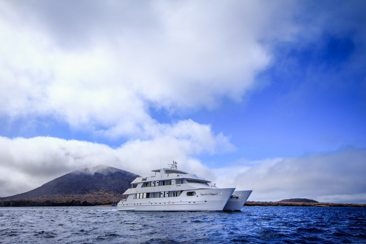 treasure of the galapagos cruise