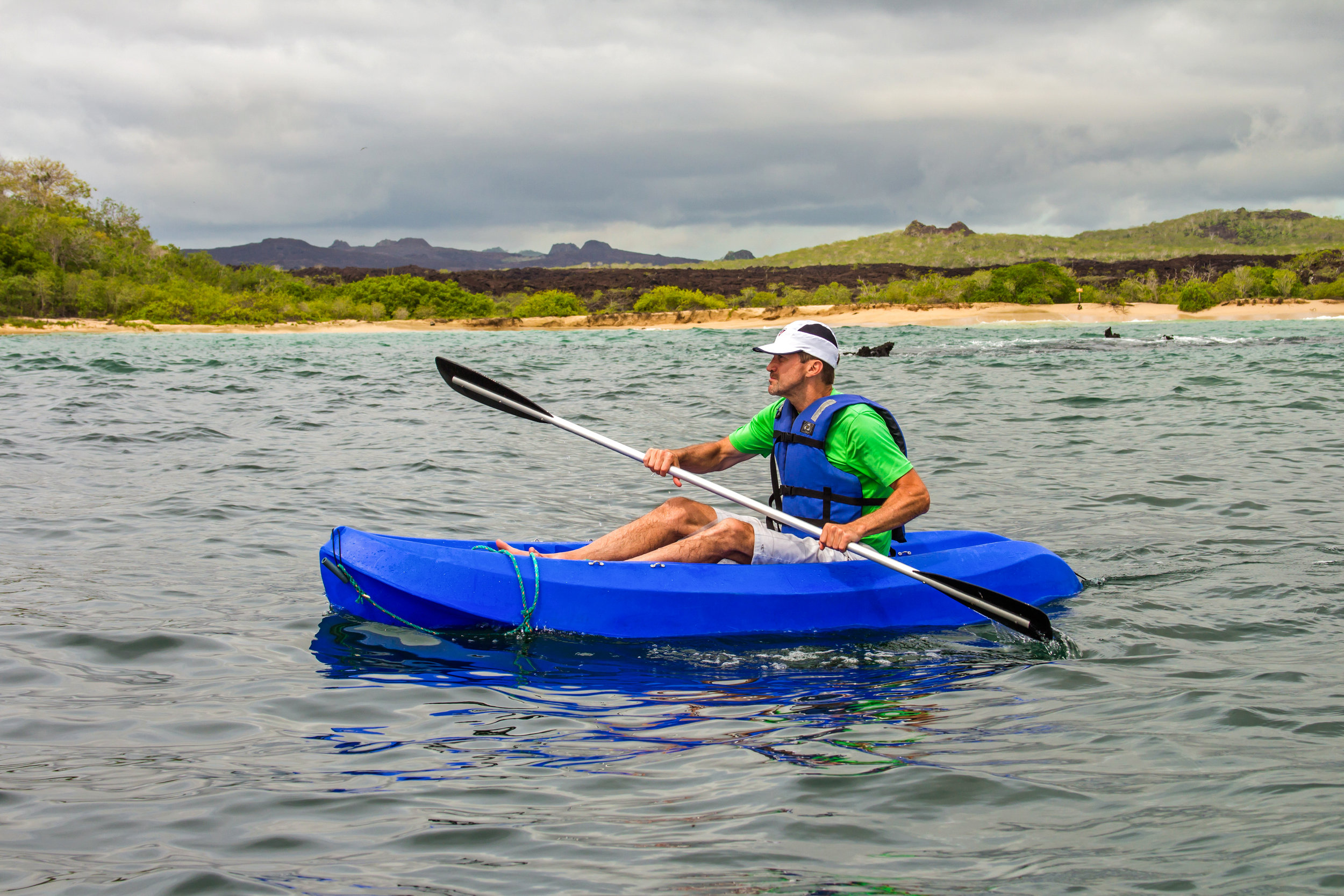 Archipel_I_Sea_kayaking_2_Witch_Hill.jpg