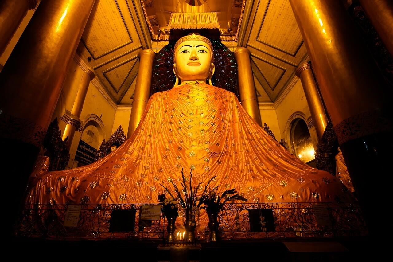 buddha-1611653_1280.jpg