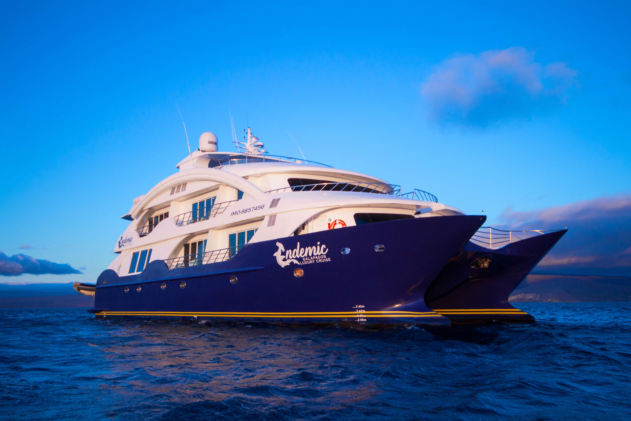 3. Endemic Luxury Catamaran - F7.jpg