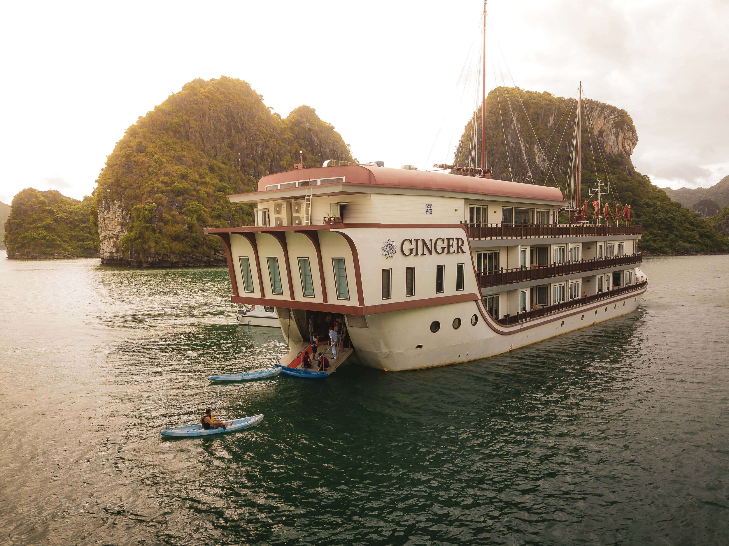 Heritage Line - Lan Ha Bay - Ginger - Ship 6.jpg