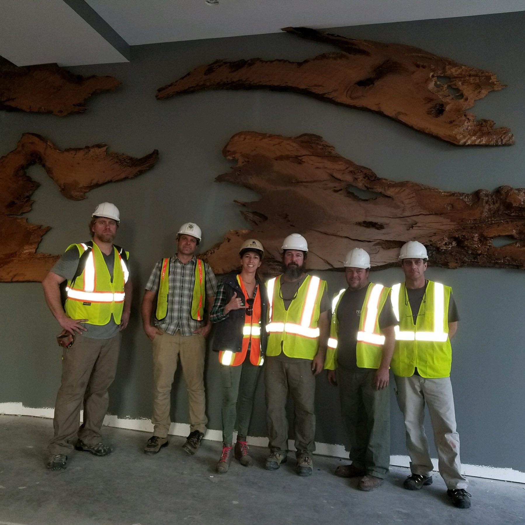 "The Craftsman  (From Left to Right): Thomas ""Sims"" Moore, Bryan Deel, Katy Perrin, Dan Perrin, Johnny White, Heath Edwards  Live Edge Wall Sculpture Installation / The Guild @ Courier Square / Charleston, SC  Josue Rodriguez (Not pictured)"