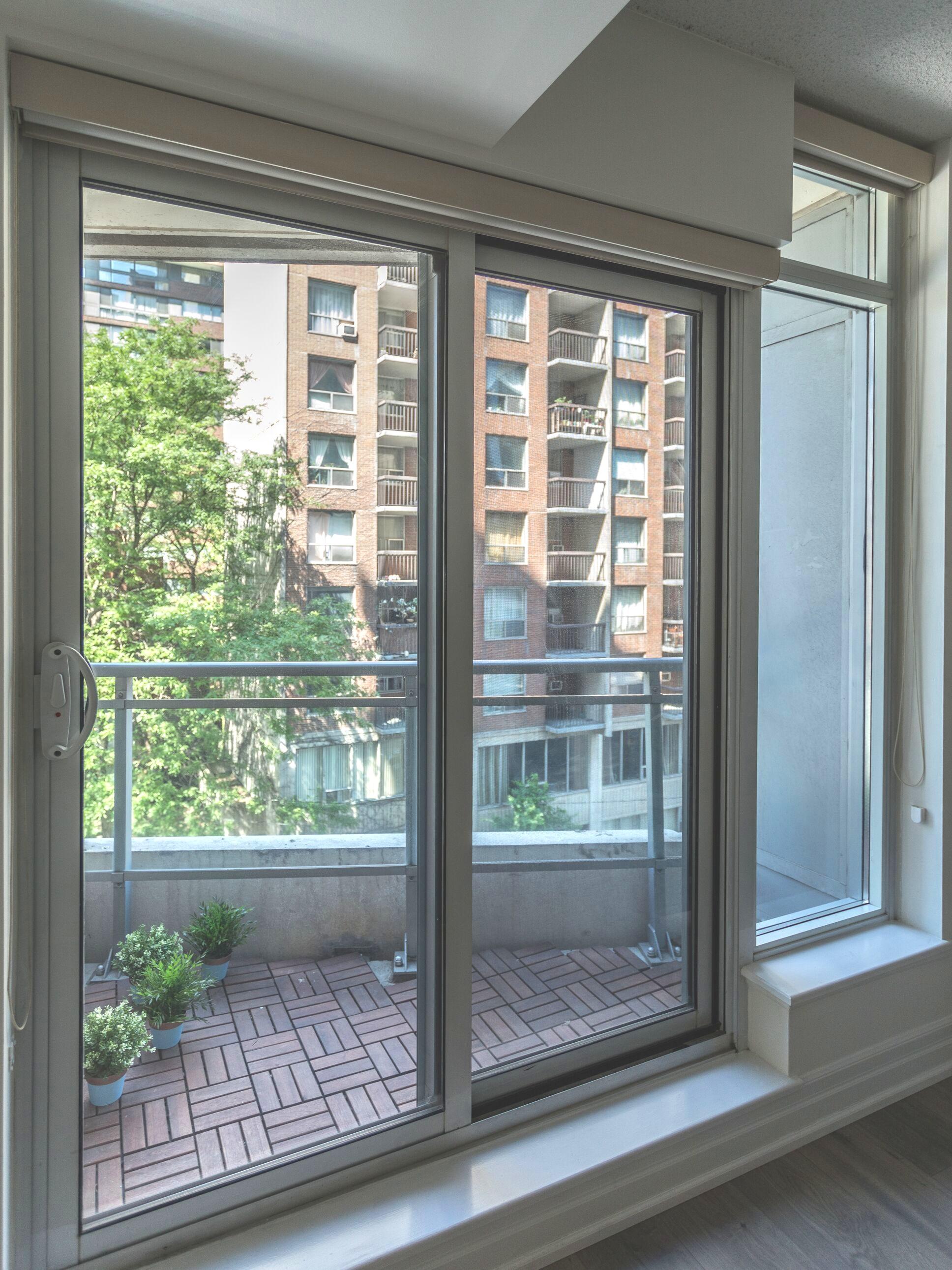 8+Scollard+balcony.jpg