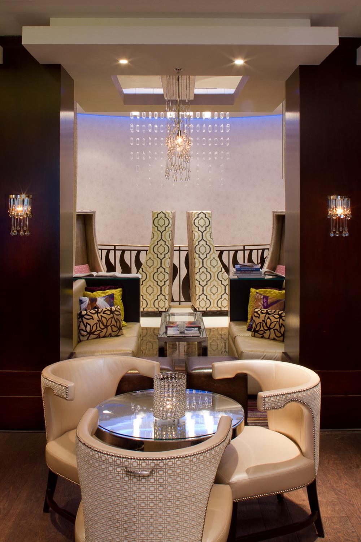 Lounge027.JPG