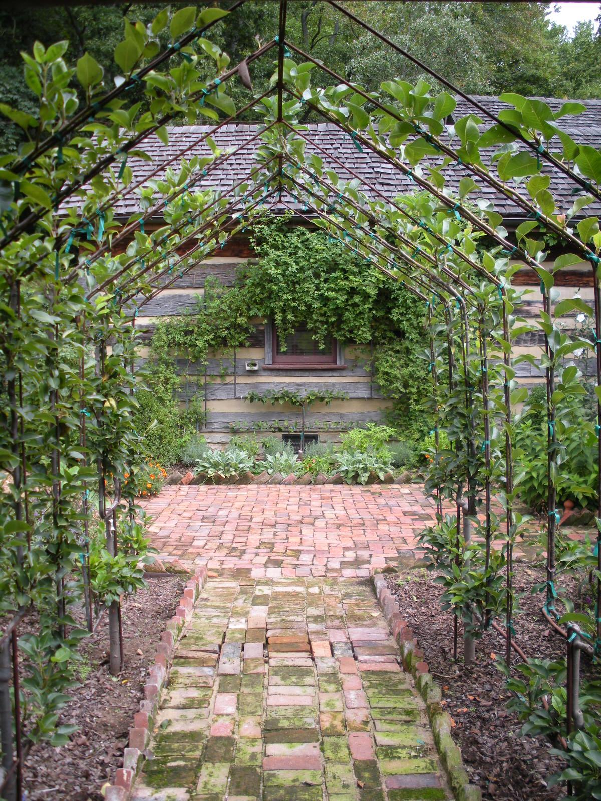 Justin Stelter Landscape Gardening - Country Garden - Justin Stelter Landscape Gardening - Country Garden2886248453_80e769320b_o.jpg