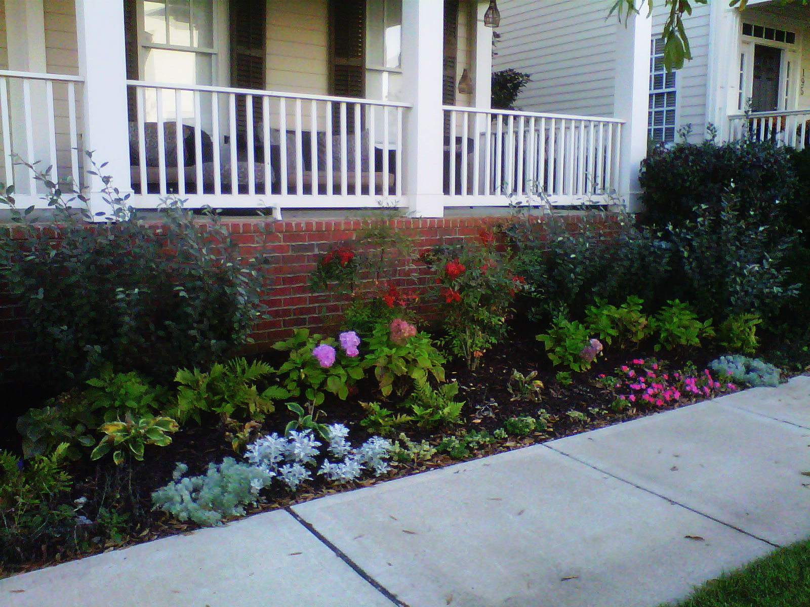 Justin Stelter Landscape Gardening - Modern Suburban Landscaping - 12591734293_feaeed09d8_o.jpg