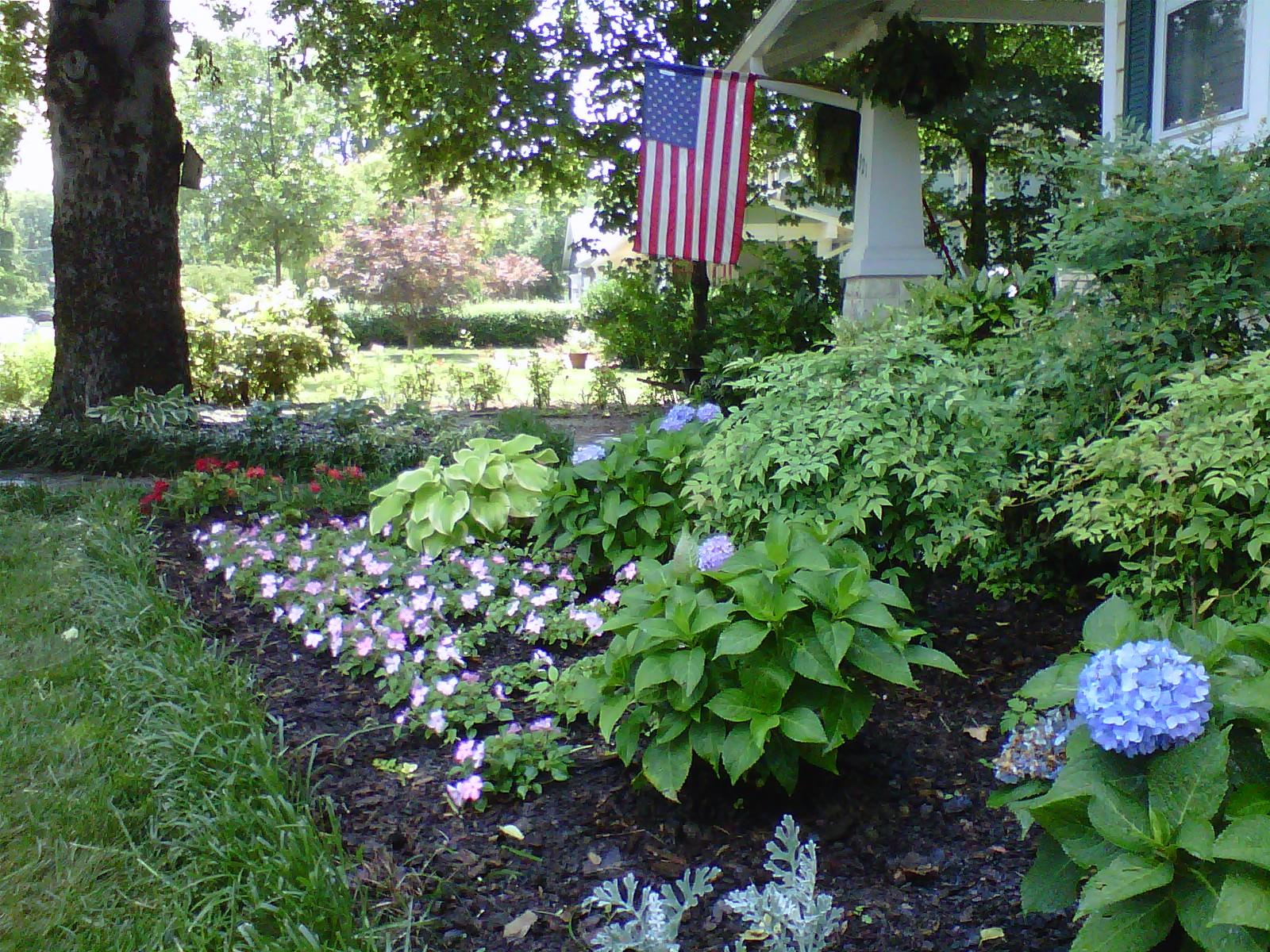 Justin Stelter Landscape Gardening - Cottage Garden - 12465666904_2a0a783e0f_o.jpg