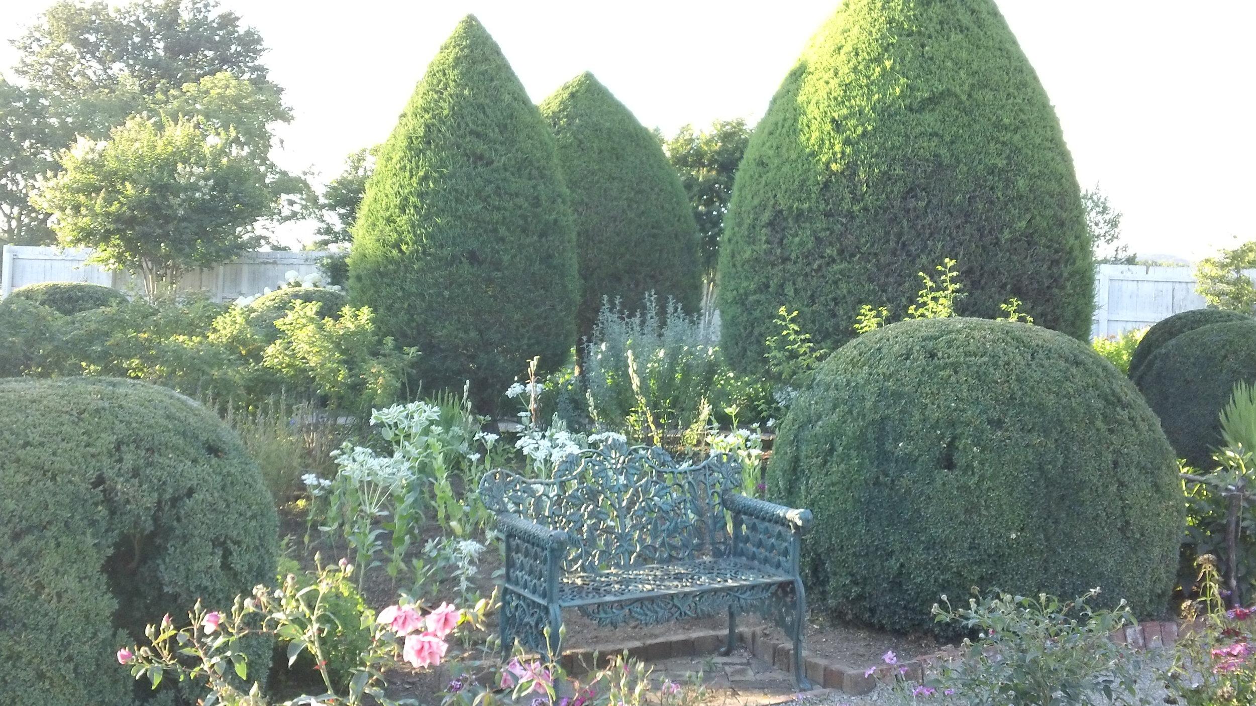 Peaceful retreat in the Garden