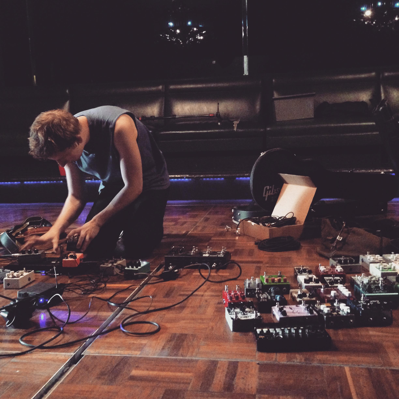 Henry Kohen running through some new songs.