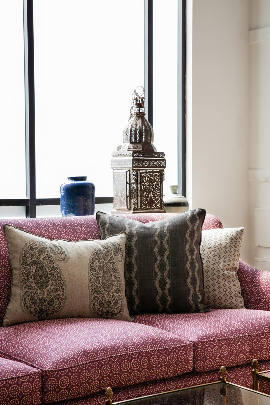 Sari Pasha Couch 2.jpg