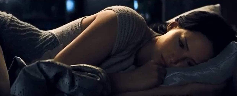 cf-katniss-knitted-nightgown.jpg