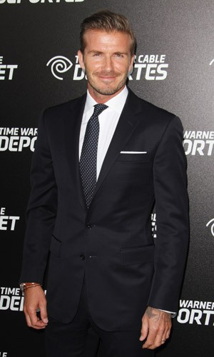 02 | how can i forget David Beckham. (swoon). remember, when in doubt, go with a white pocket square like Mr. Beckham right hurr. the perfect height to a flat fold.oh, and doesn't he rock this navy suit?!