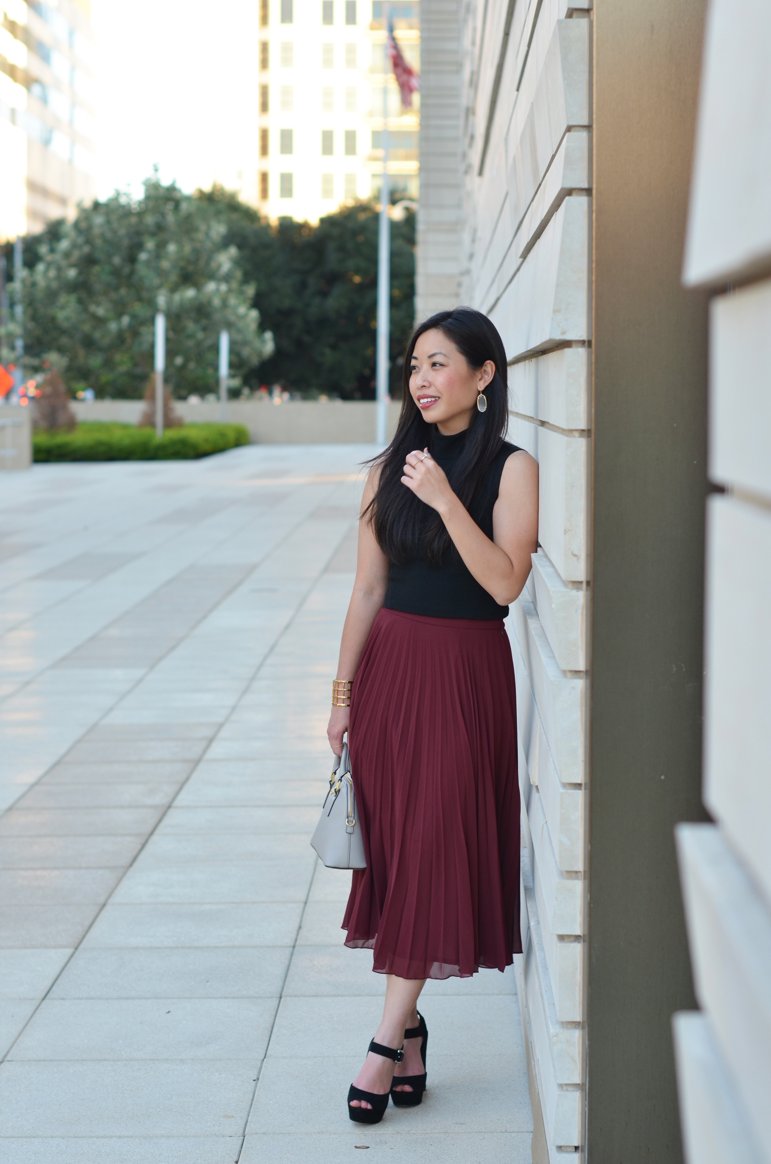 the burgundy pleated skirt & crop top -- jannadoan.com