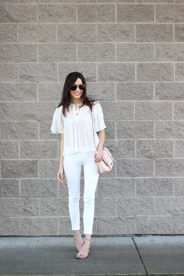 Ela (@wunderbliss)looking so gorgeous in her white on white // tassel on tassel outfit post!