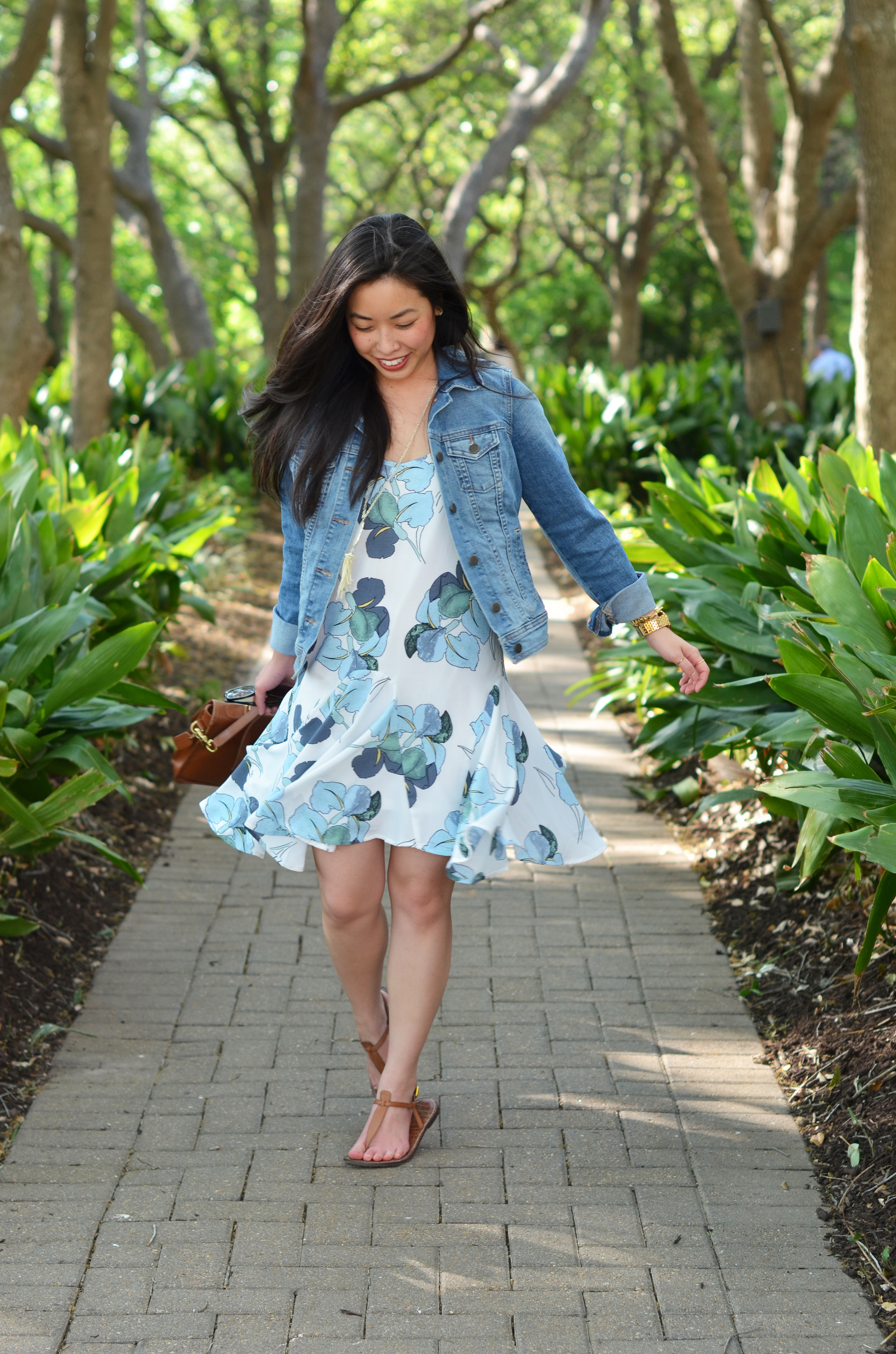 the floral ruffled dress & denim jacket -- jannadoan.com