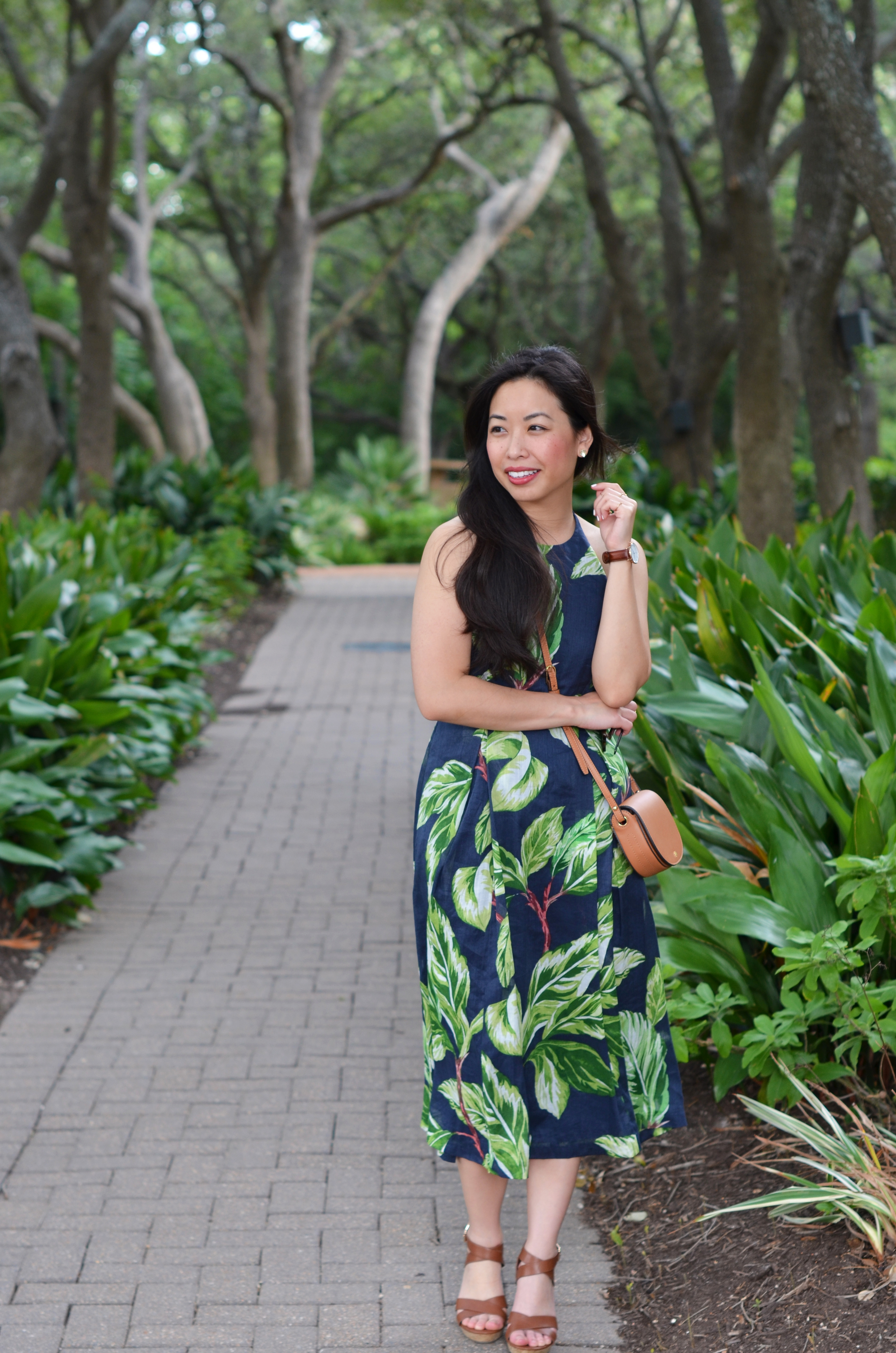 the leaf print halter dress -- jannadoan.com
