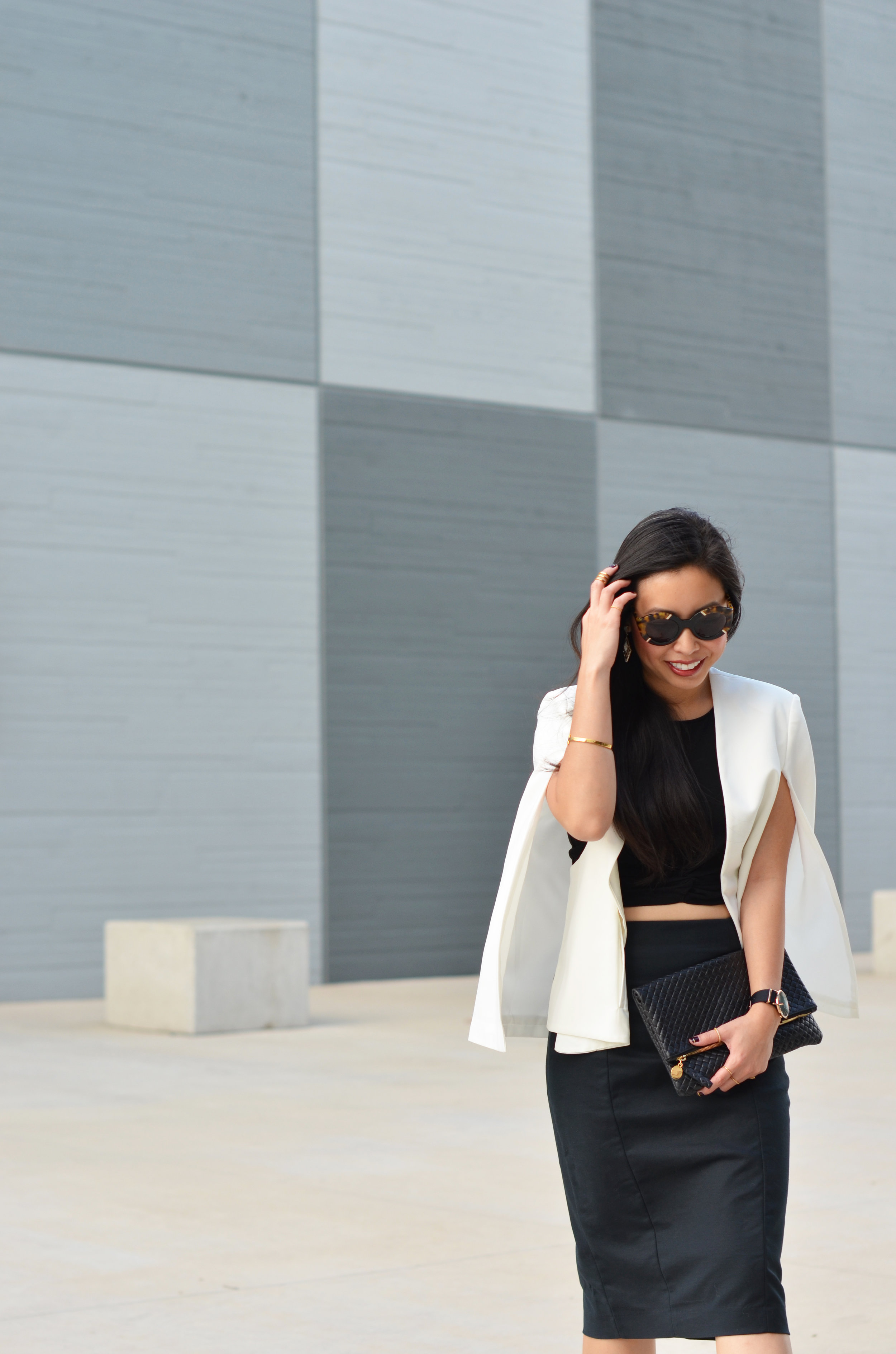 the-pencil-skirt-cape-blazer-jannadoan.com