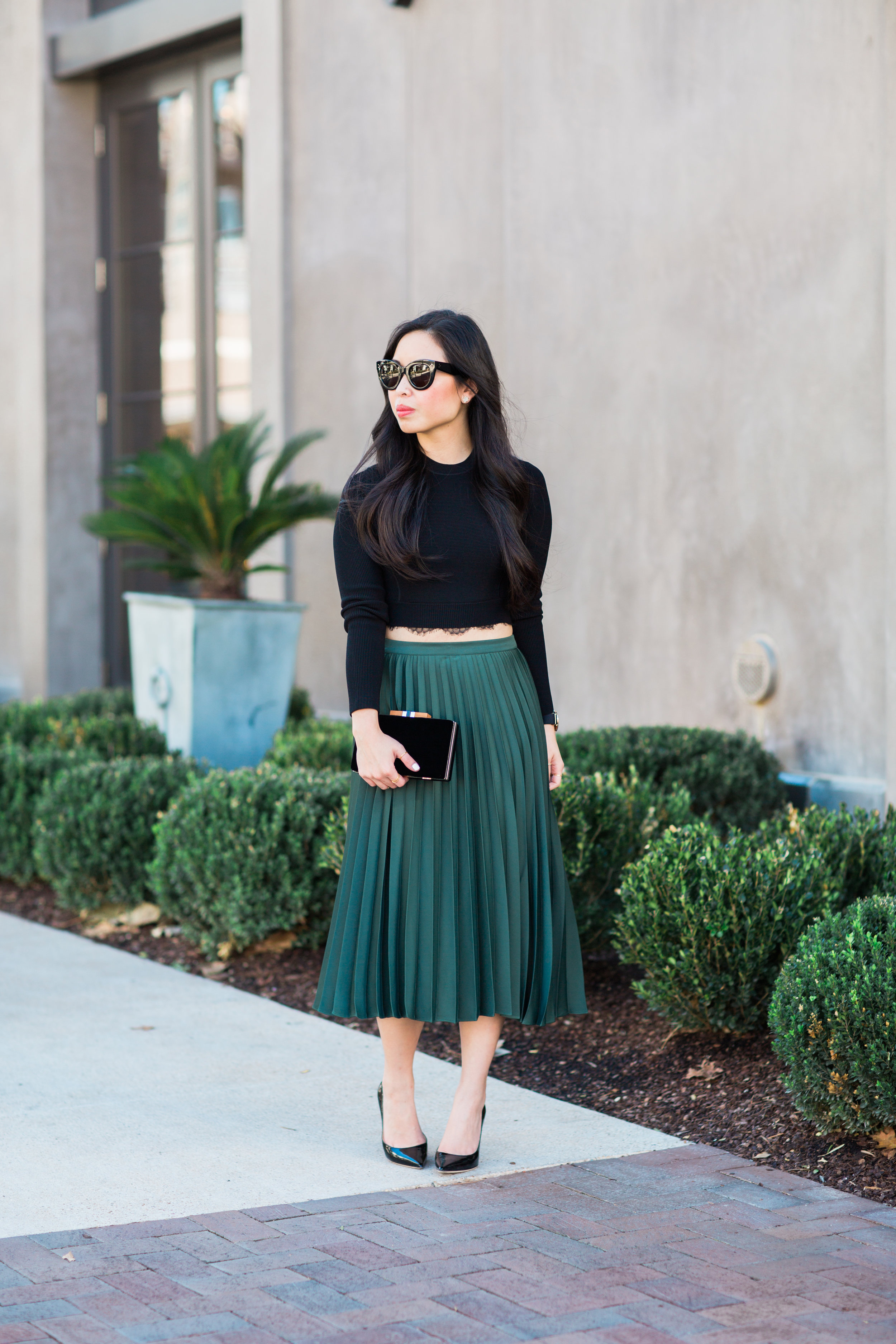 the-green-satin-pleated-midi-skirt-jannadoan.com