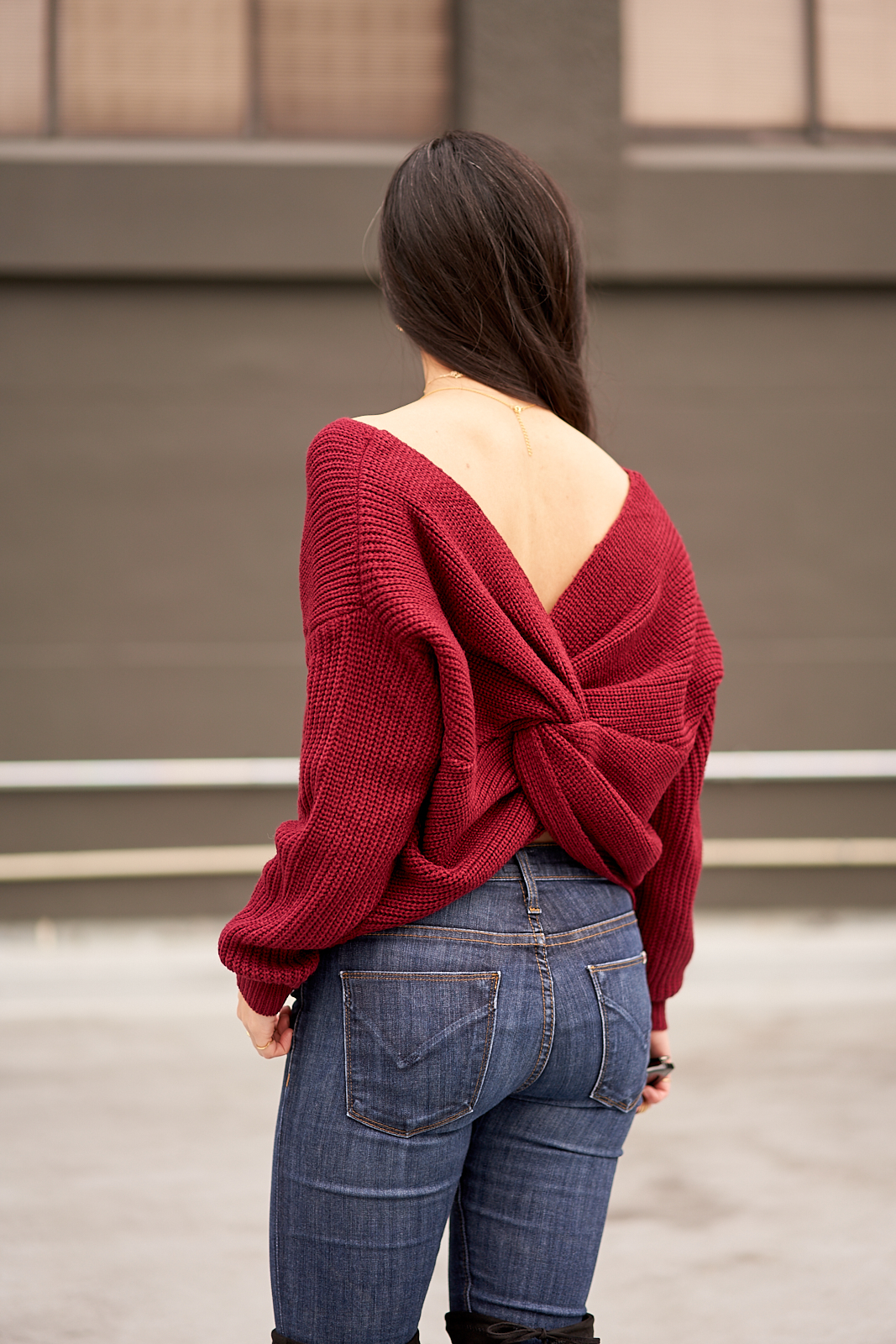 the twist back sweater -- jannadoan.com