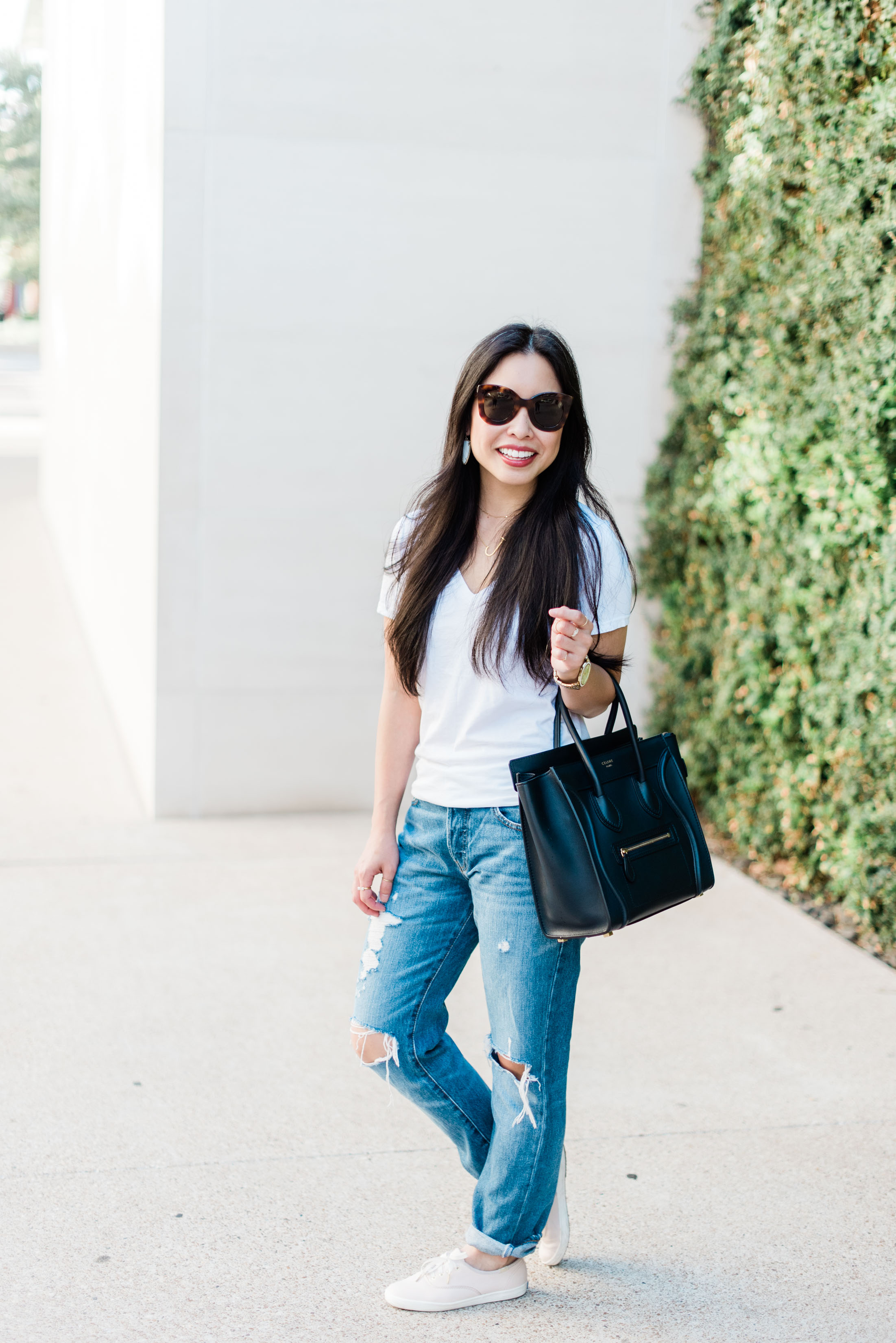 the boyfriend jeans & white tee -- jannadoan.com