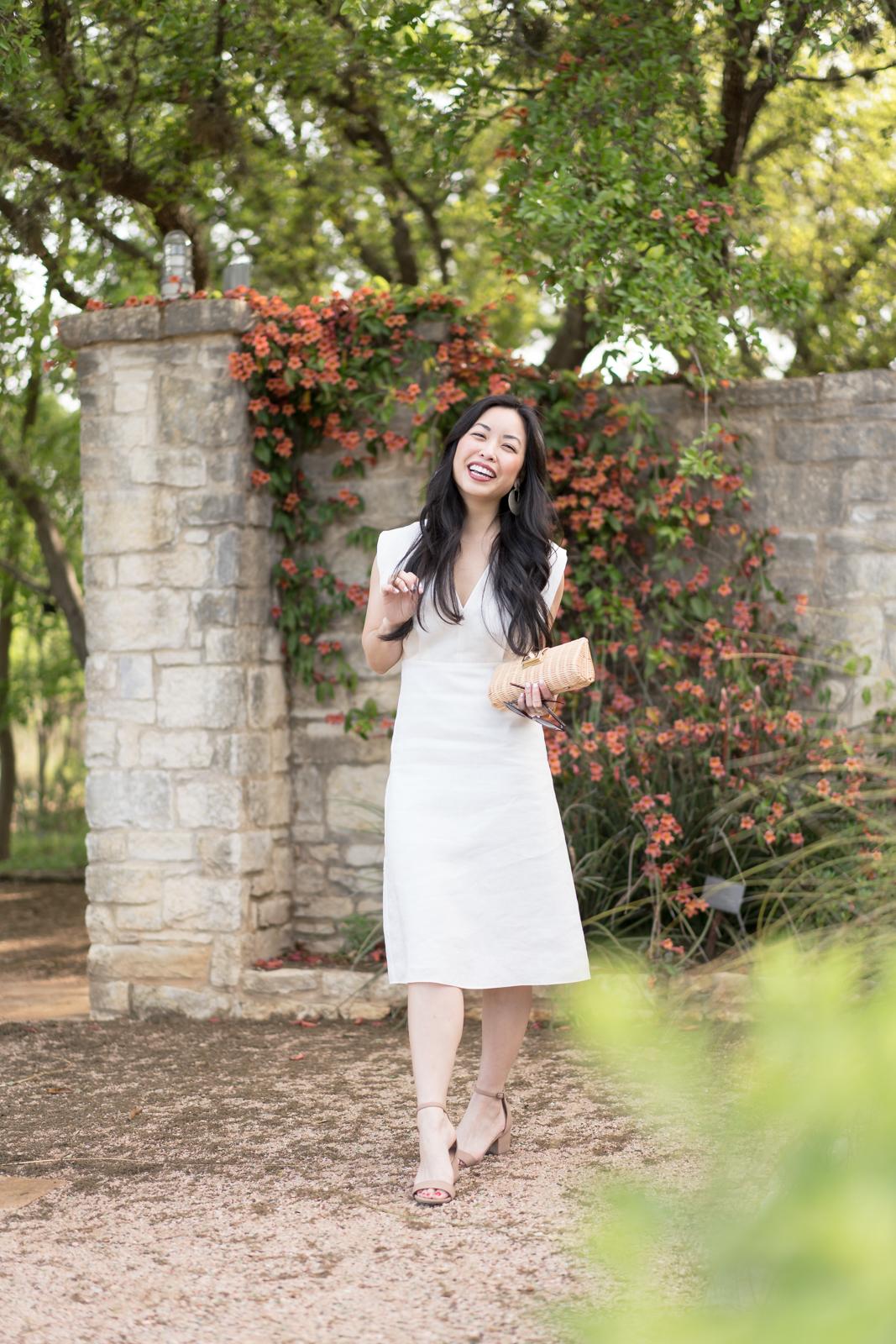the white linen dress -- jannadoan.com