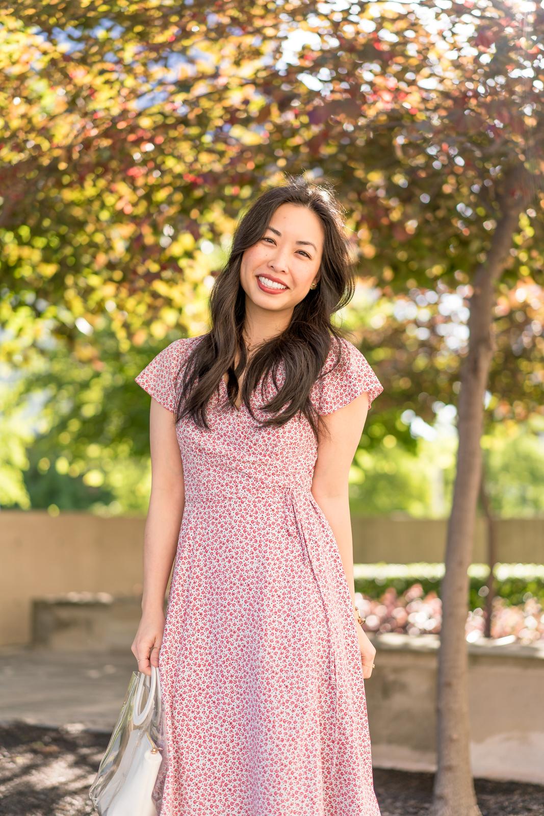 the floral wrap dress & retro accents -- jannadoan.com