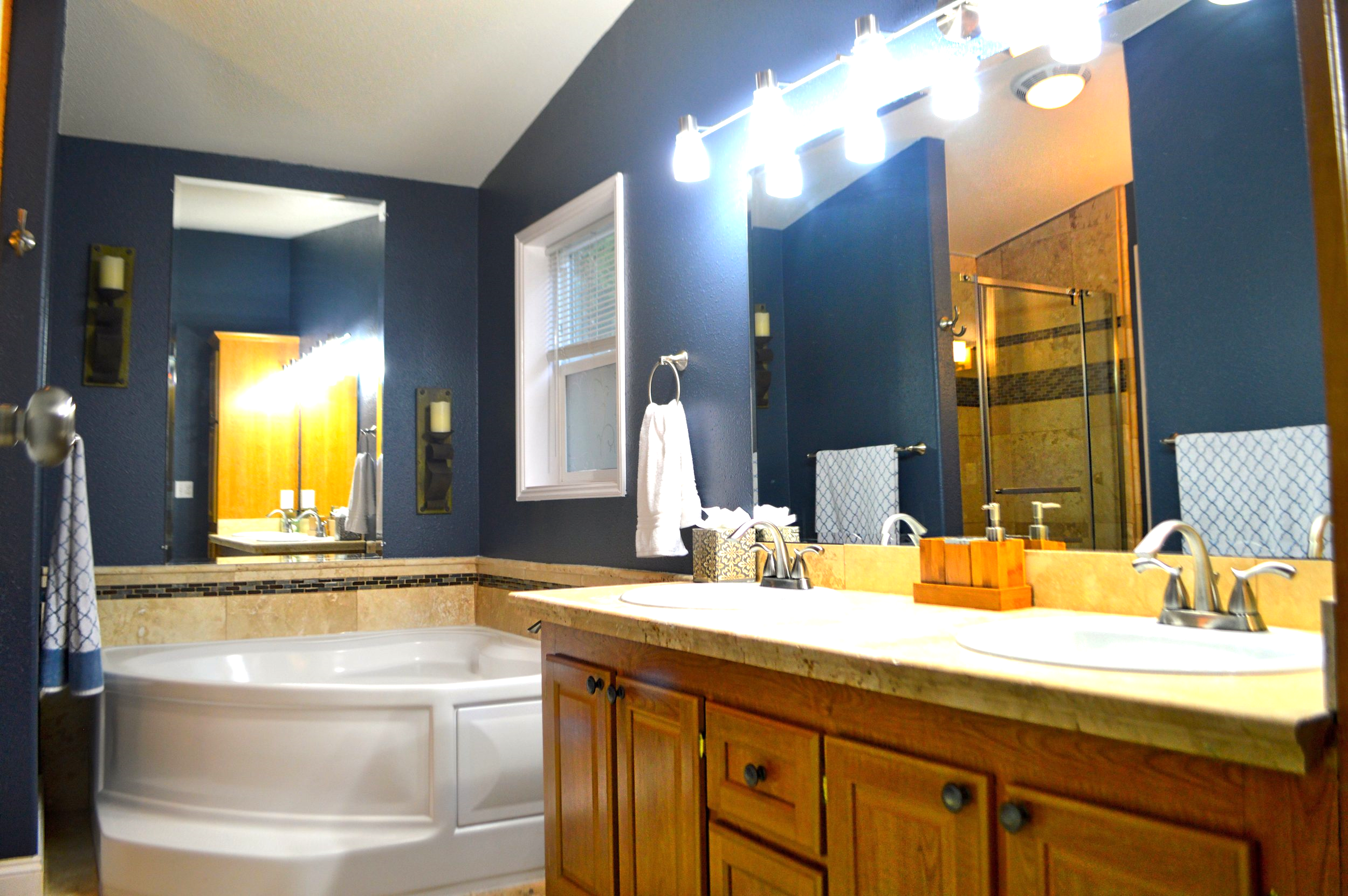 Master Bath with dual vanities and corner soaking tub