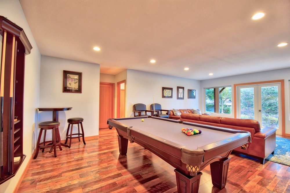 Brunswick pool table located in the downstairs recreation room.