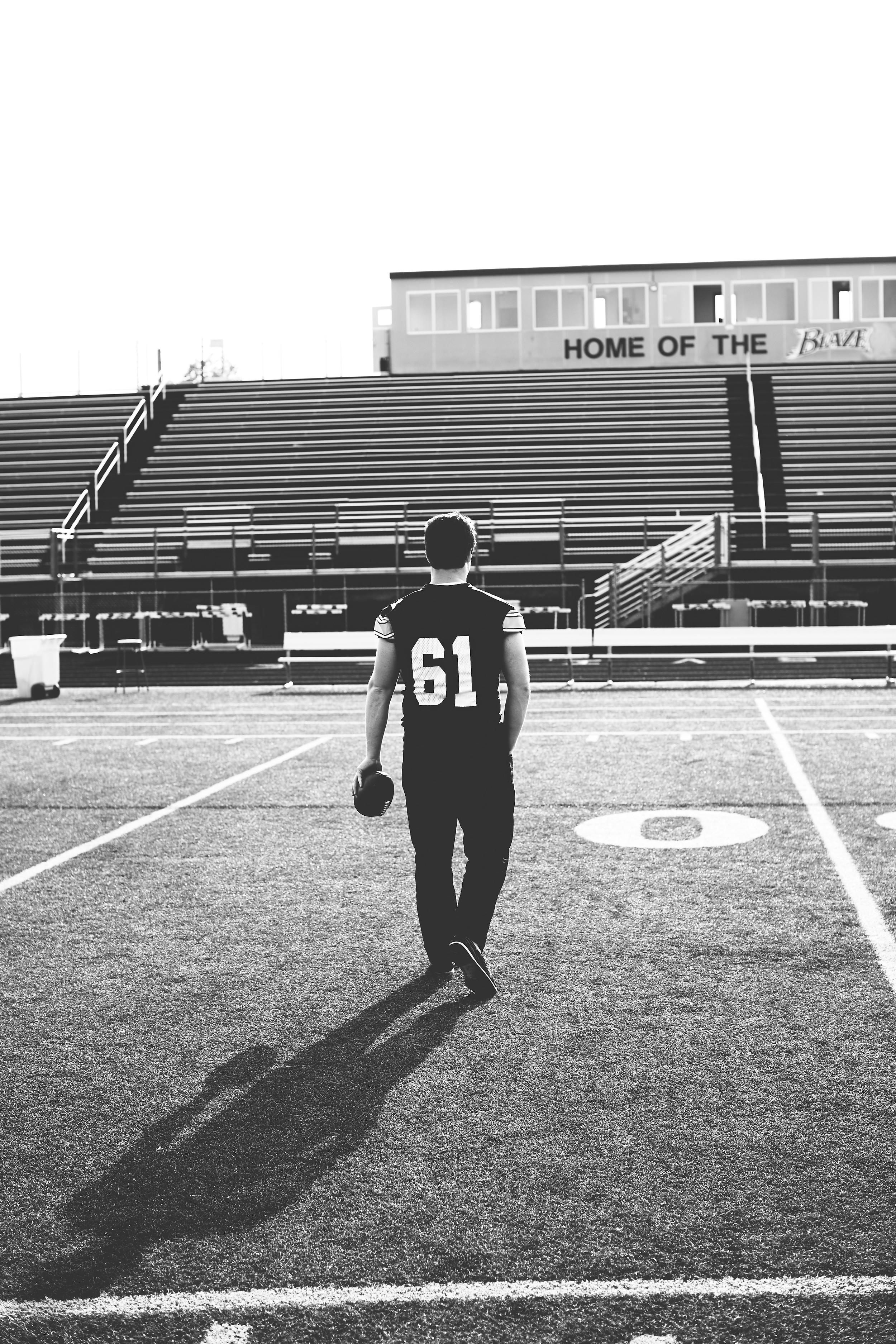 Jesse Football 5D3_6497.jpg