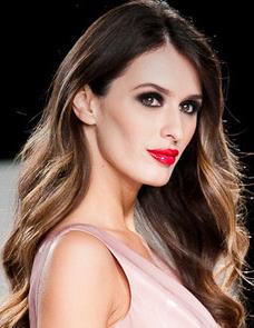 Click  H E R E  for Prom, Bridal, & Red Carpet Beauty (Advanced Makeup Artist Class)