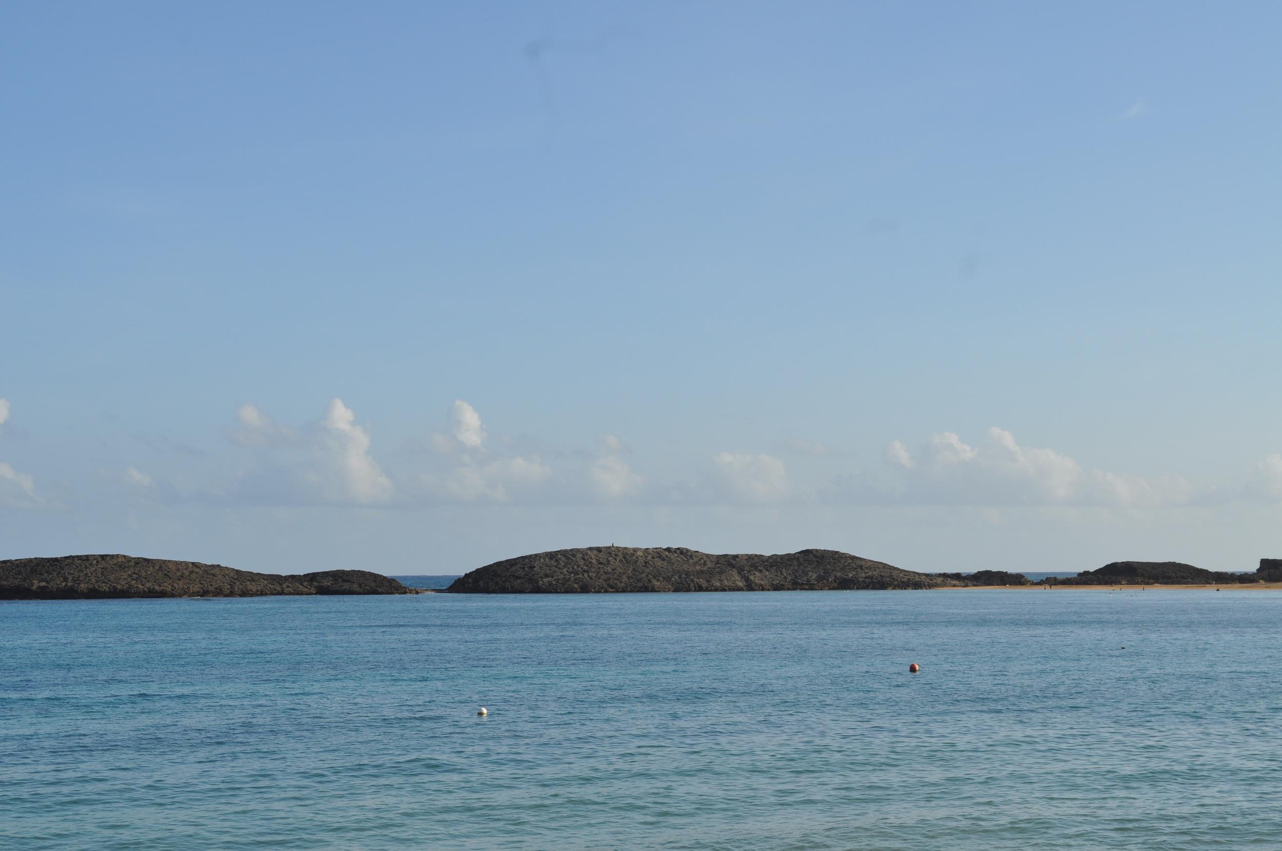 La playa Puerto Nuevo es casi una bahía durante el verano, por la tranquilidad de sus aguas. Foto: Pamy Rojas