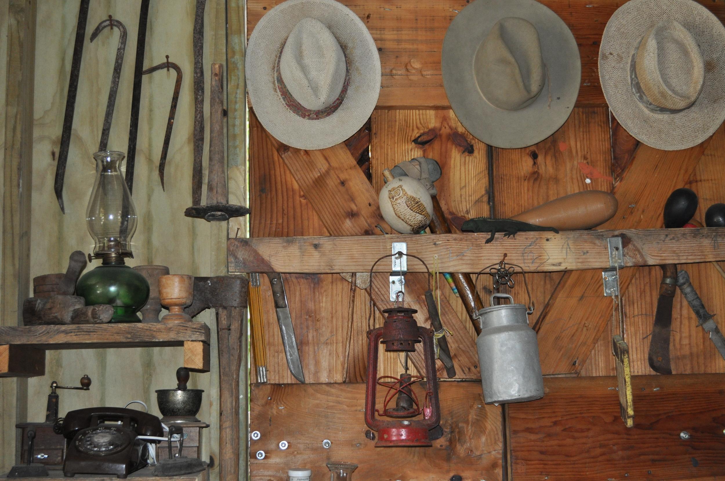El Total de Enrique has an infinite amount of antiques. Photo: Pamy Rojas