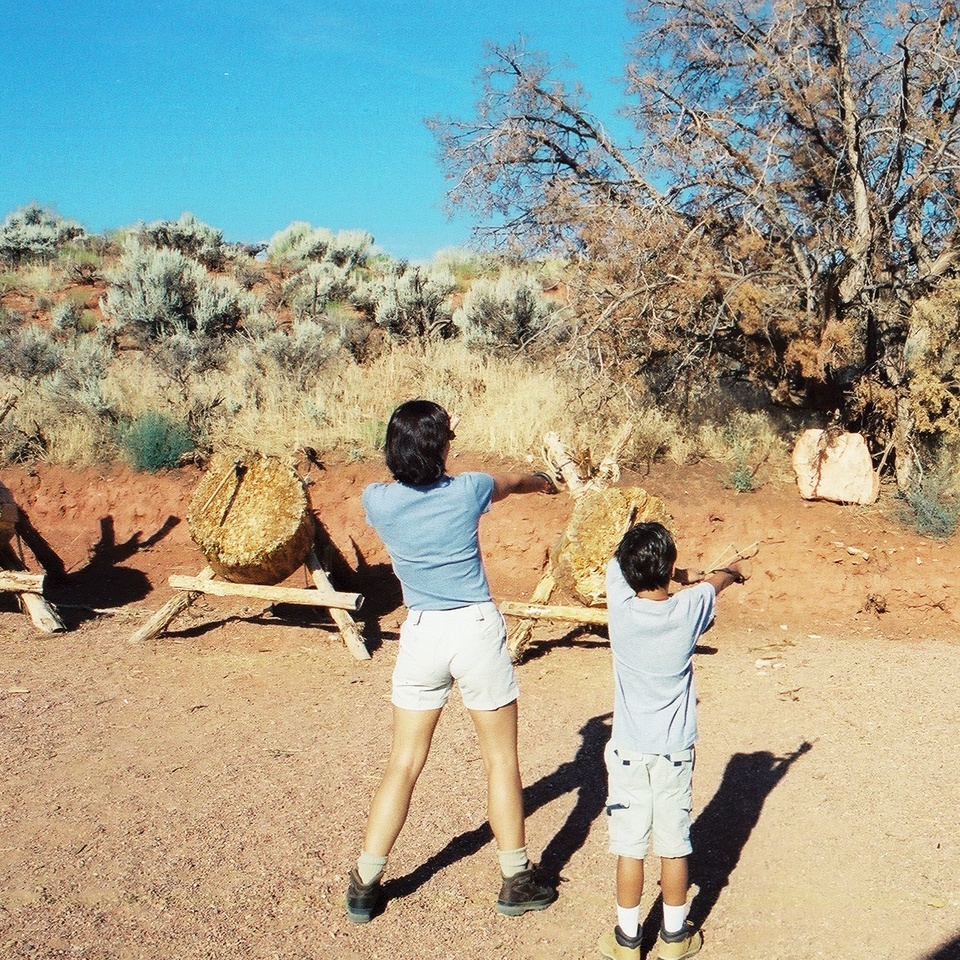 We spentsome time throwing rocks with a sling shot.Photo: Fernando J. Rojas