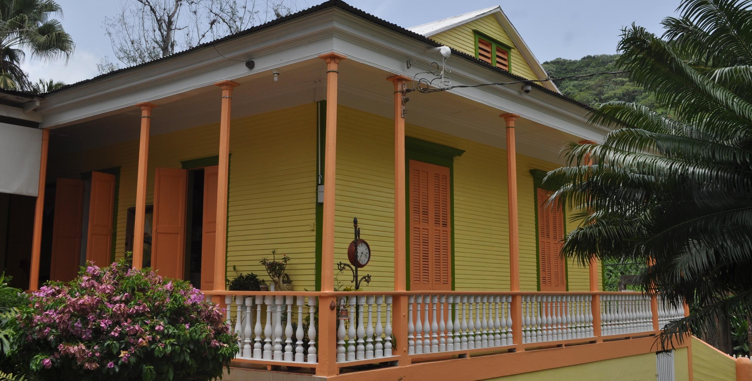 La Hacienda Luz de Luna está localizada en el barrio Yahuecas de Adjuntas. Foto: Pamy Rojas