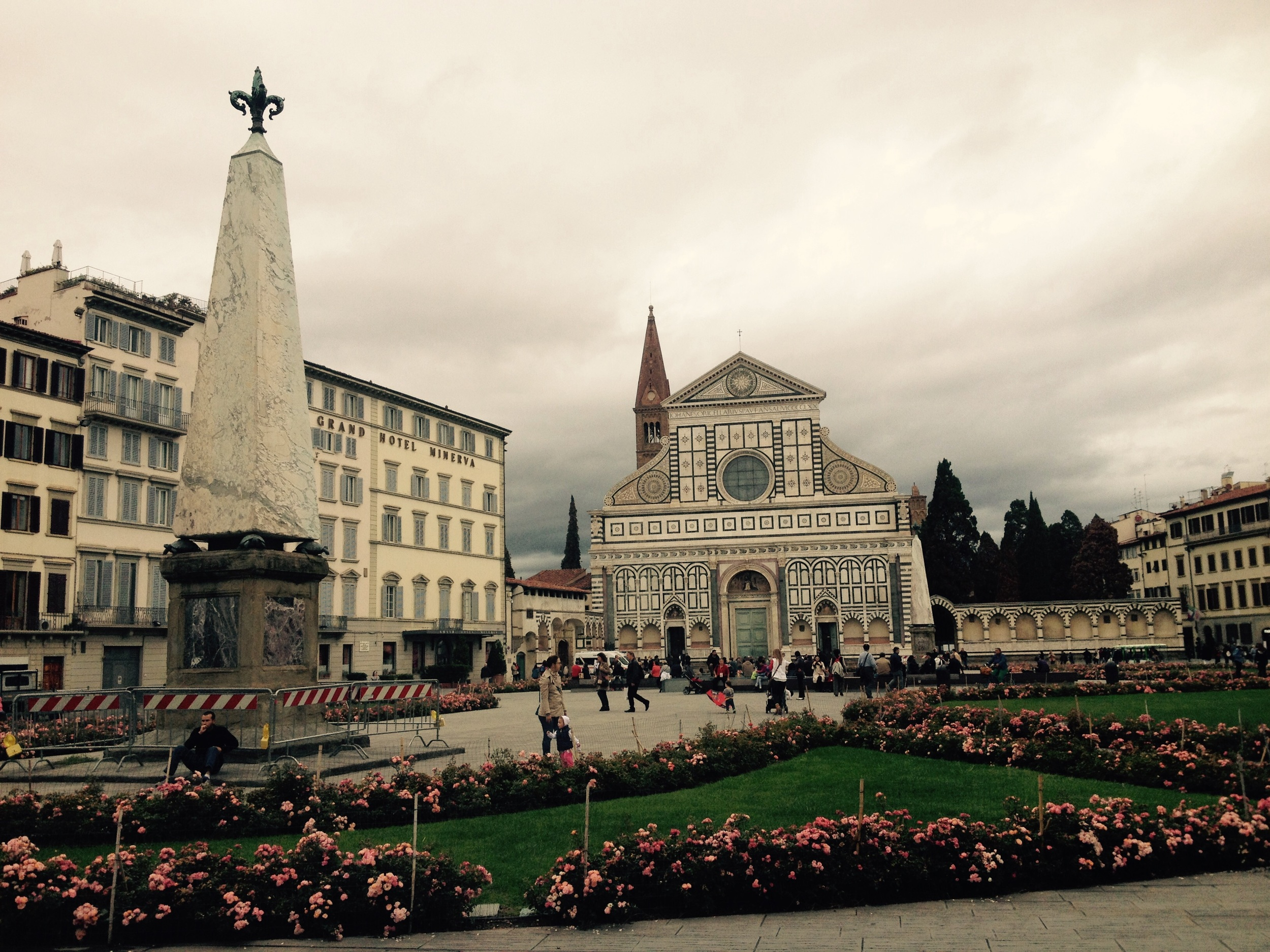 La iglesia franciscana de Santa María Novella está localizada junto a la estación central de trenes de igual nombre. Foto: Bruny Nieves