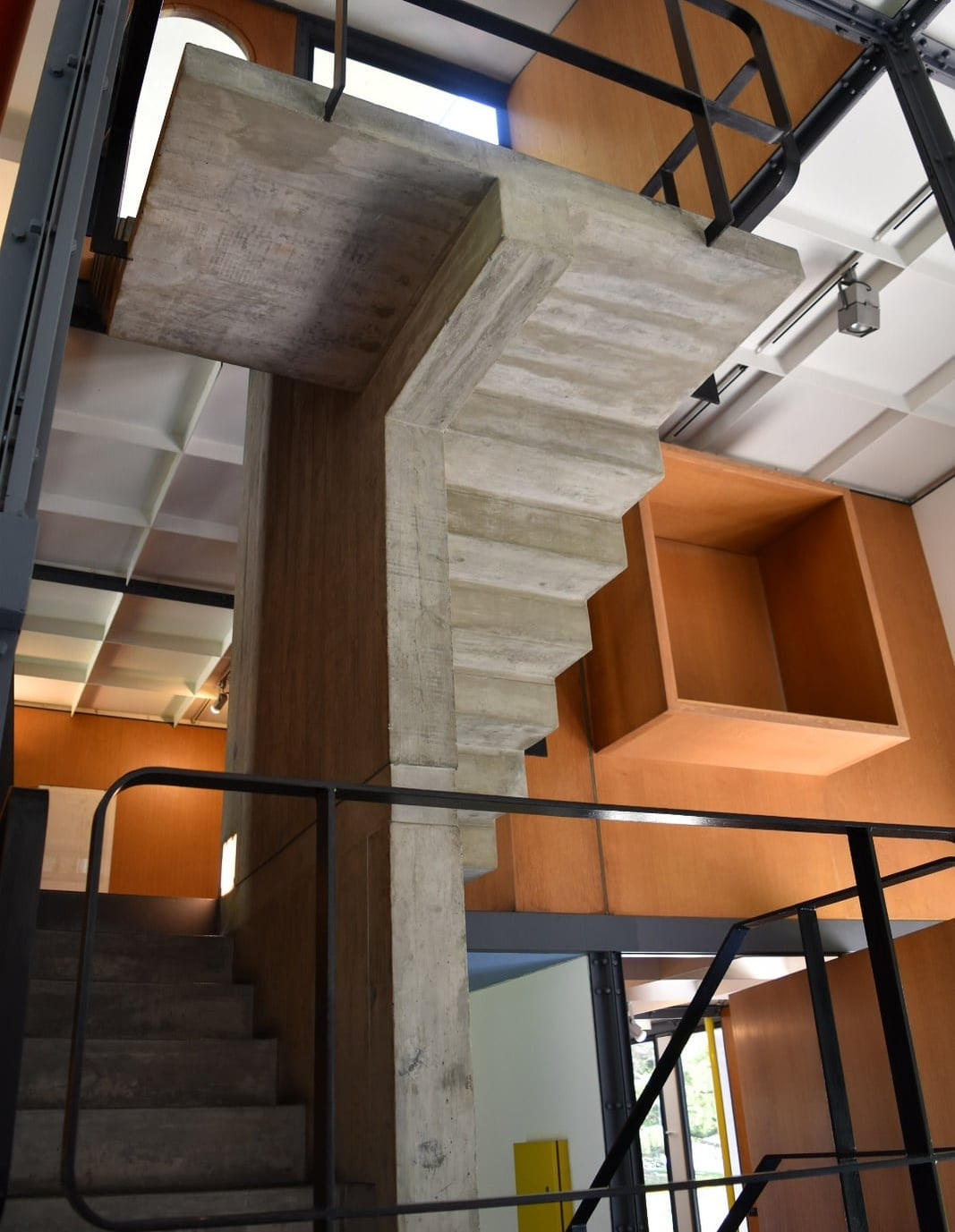 Interior view of the last structure designed by the famous Swiss architect Charles-Edouard Jeanneret-Gris, better known as Le Corbusier. Photo: Bernardo Fiol