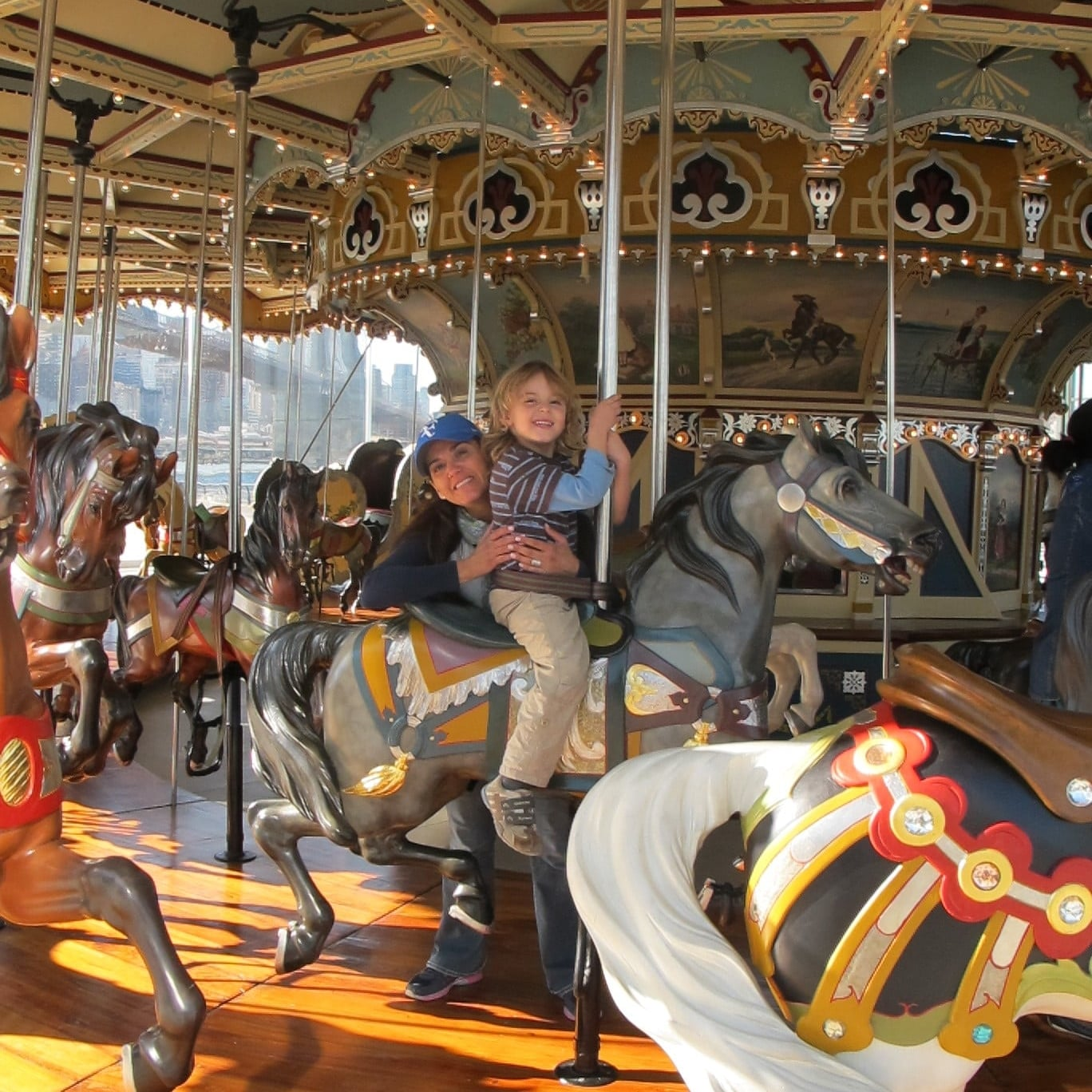This carousel, built in 1922, was acquired and restored by Jane Wallentas in the eighties. That's why now it is known as Jane's Carousel. Photo: Marco Dettling