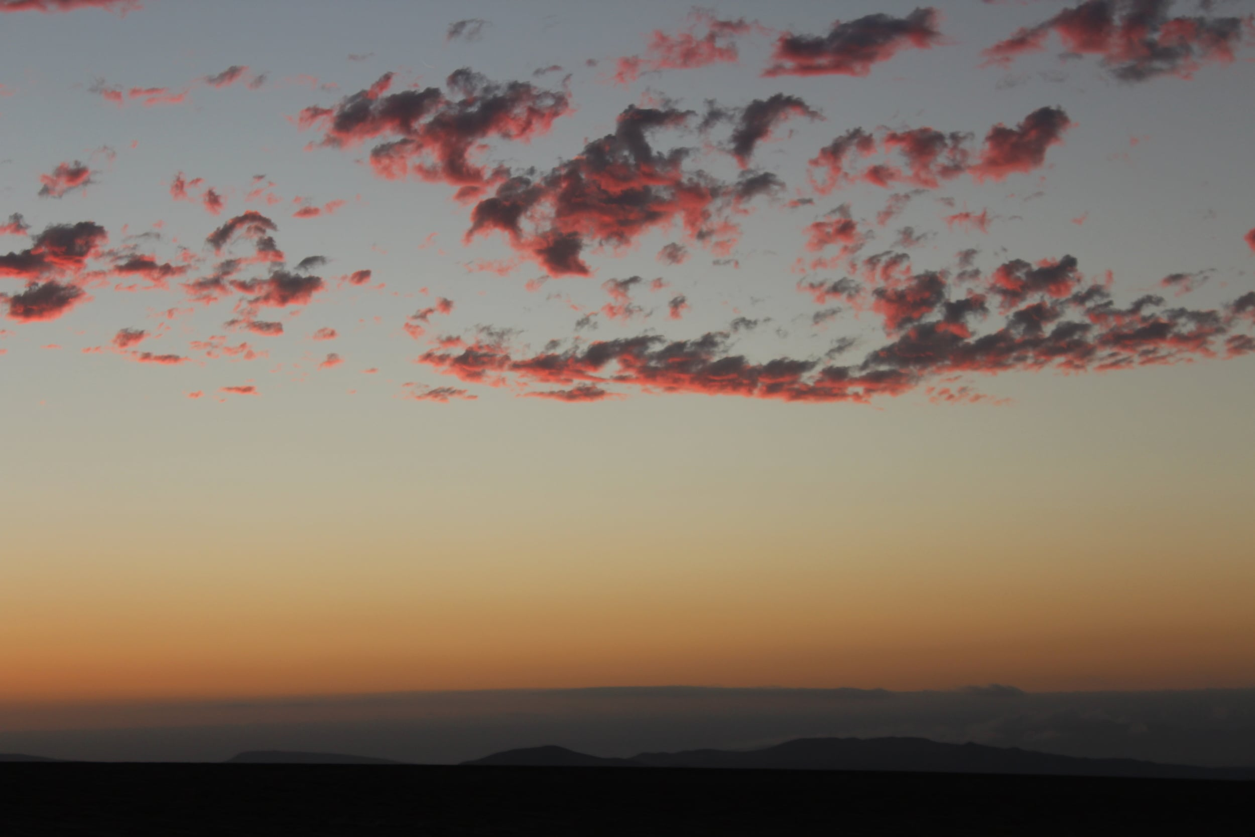 The colors of the sunset assured me the greatness of the Earth. Photo: Javier Vélez Arocho