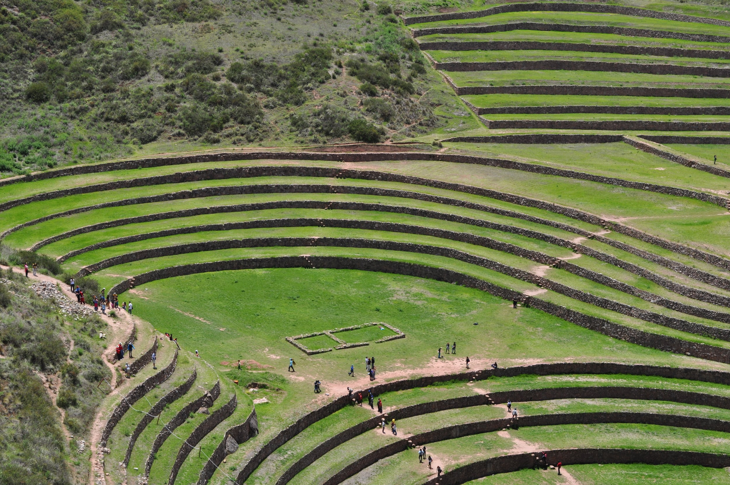 The farming terraces have a circular or semicircular shape, as if they were amphitheaters. Photo: Pamy Rojas