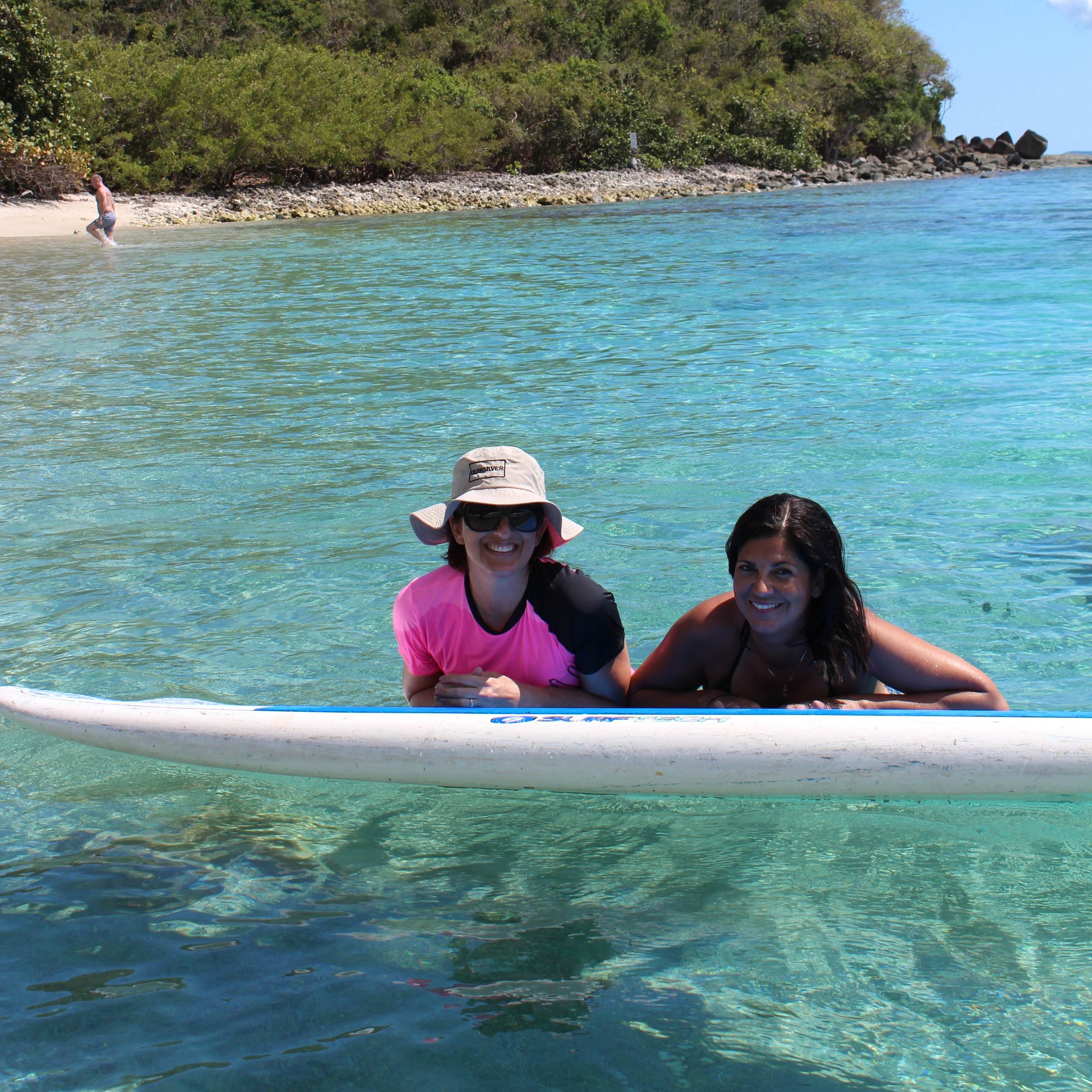 We used the paddleboard as a table for our lunch. Photo: Javier Vélez Arocho