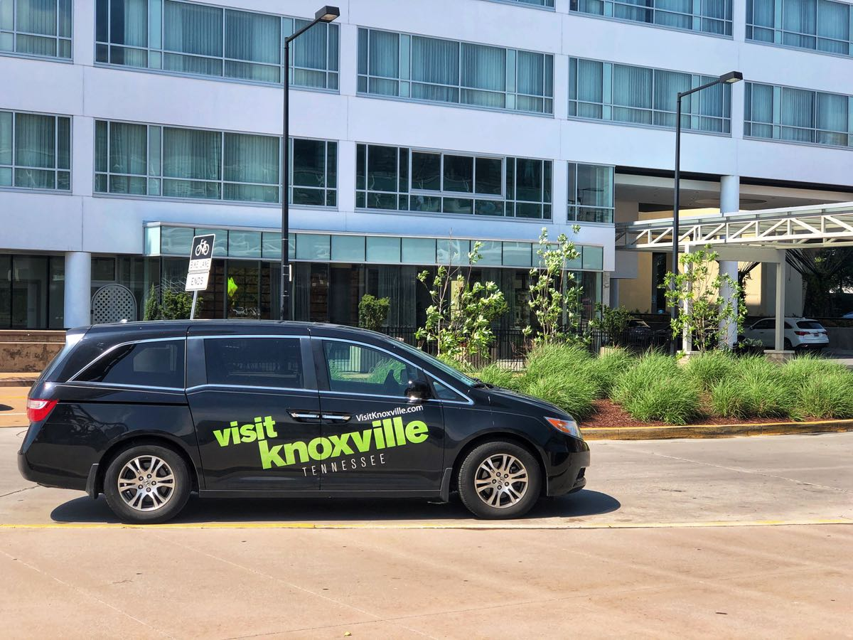 Visit Knoxville partners with ThoseCrazyNelsons